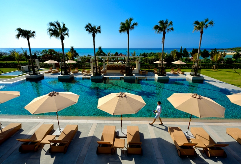 The UZA TERRACE BEACH CLUB VILLAS